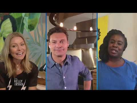 uzo-aduba's-dog-is-still-learning-about-social-distancing
