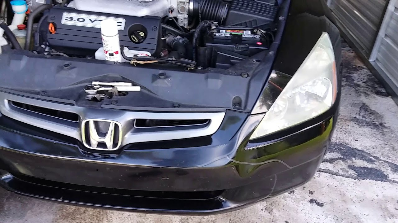 How To Replace Headlight Bulb 2003 2007 Honda Accord