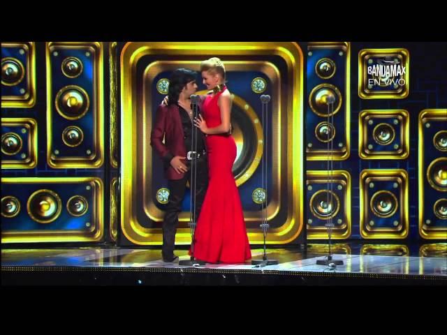 Albertano se le declara a Marjorie | Premios Bandamax 2015