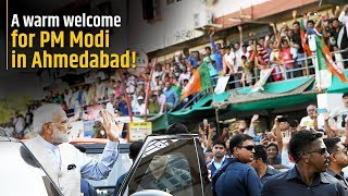 A warm welcome for PM Modi in Ahmedabad!