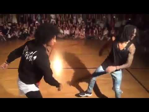 LES TWINS performance Freestyle SHOWCASE AT BEAT CAMP 2016 Laurent Larry Hip hop