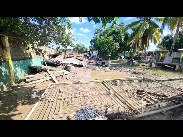 Col Celeo Gonzales después de la inundación 1