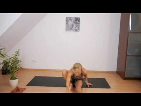 Marichyasana A und Jumping Back Varianten - YouTube