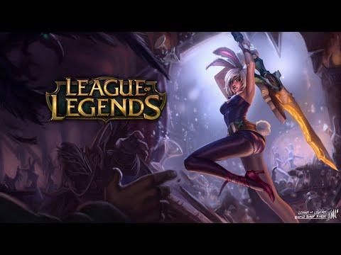 League of Legends - RIVEN distruge tot! :D