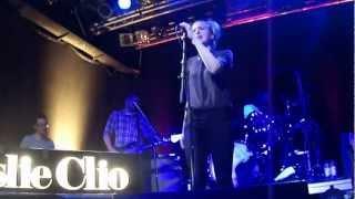 Leslie Clio - Melt Back [live HD]