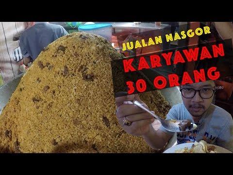 kuliner-nasi-goreng-kebon-sirih---karyawannya-30-coyyy