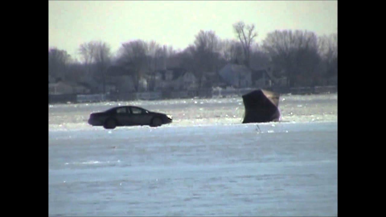 Local ice fishing anchor bay michigan youtube for Ice fishing michigan