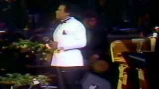 "Cheo Feliciano ""Amada Mia"" (Rose Music Video)"