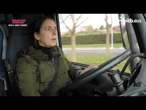 Una camionera y un investigador de lo paranormal, en ruta