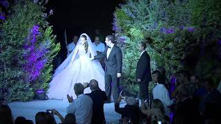 Bride wearing a pink elie saab gown 😍 Watch her fairytale entrance 😍