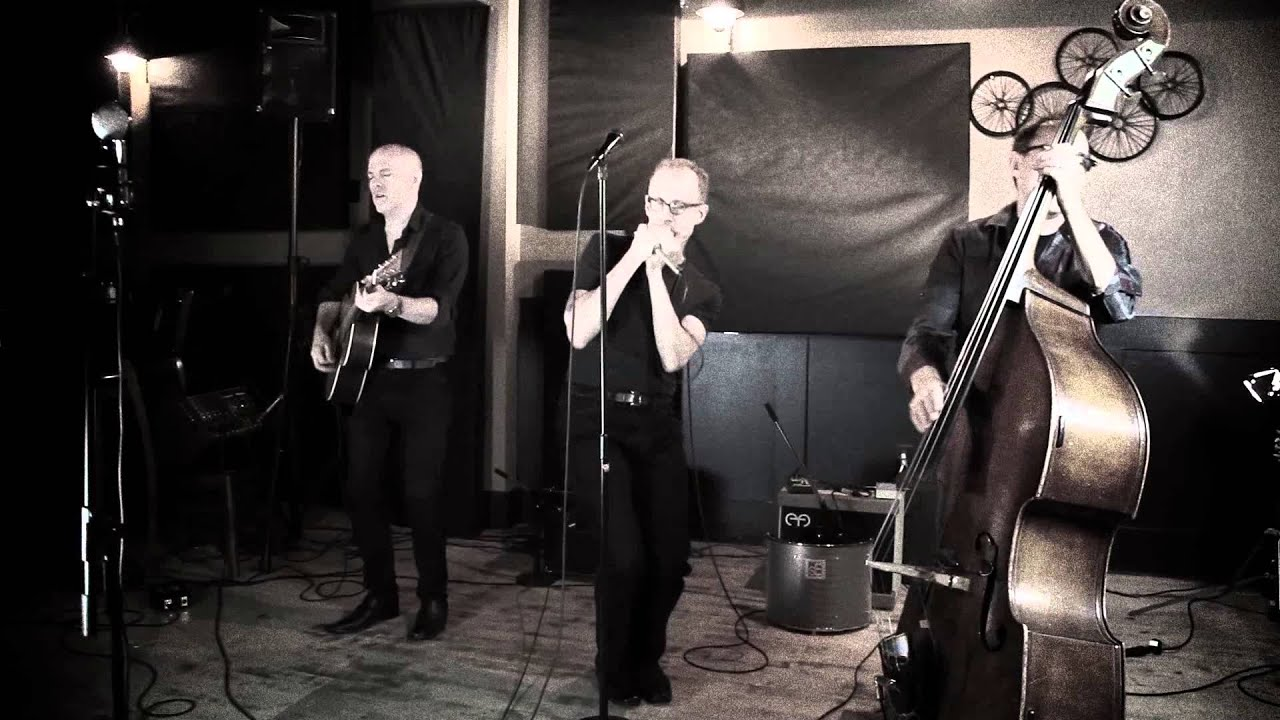 video: Carlos del Junco and The Blues Mongrels trio - Just Your Fool