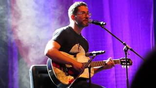 Tom Ellis sings Creep (MagicCon 2019) HD Resimi