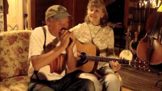 """The Girl I Left Behind Me"" Annie & Mac Old Time Music Moment"