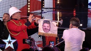 FIRST LOOK: David plays a fanfare for King Simon Cowell | BGT 2019