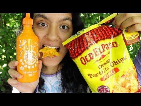 Eating Chili Taco Chips With Sriracha Mayo and Salsa MUKBANG