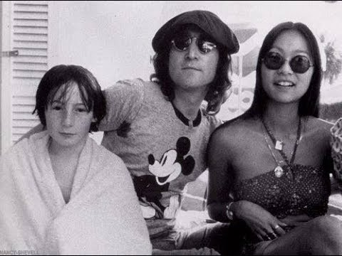 Mandela Effect: John Lennon and May Pang: NOT YOKO ONO!!! LOTS OF LOVE IN THIS MANDELA!!  A MUST SEE