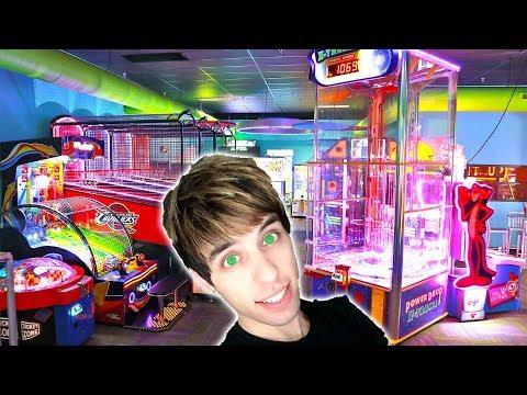 DESTROYING THE GAMES FOR ARCADE TICKETS! | Arcade Nerd