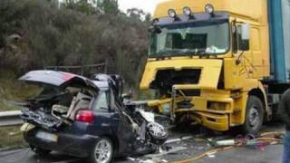 INSANE CAR CRASH!!!! COLLISION WITH WAGON!