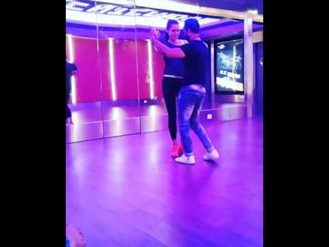 Merengue dance: Nitzking 9892138801