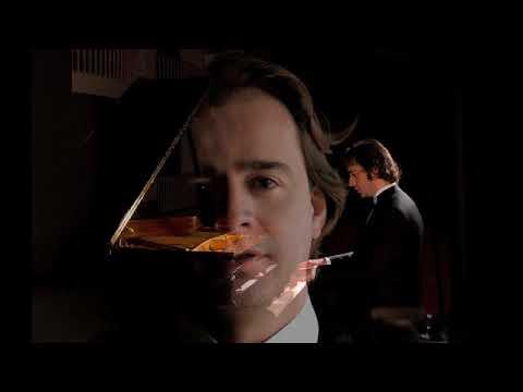 Alberto Urroz plays Schubert Impromptu Op. 90/1