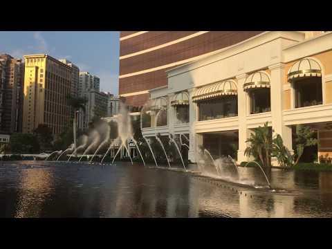 Performance Lake At Wynn Macau - Luciano Pavarotti - La Donna è Mobile (Rigoletto)