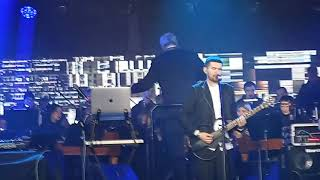 Смотреть видео Noize Mc - Ругань из-за стены (Морзе) 16.11.2019 Санкт-Петербург онлайн