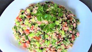 Легкий и сытный салат с кускусом и колбасой - срочно приготовьте и попробуйте!