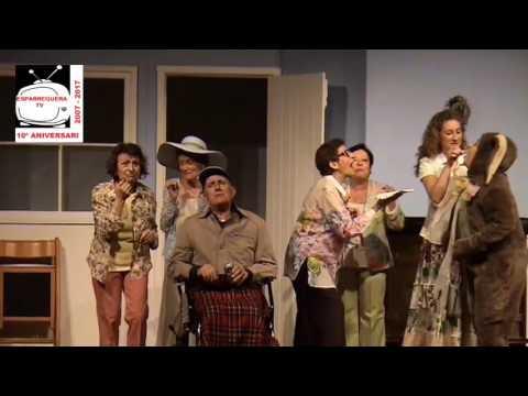 ESPARREGUERA TV La companyia de teatre Acte Quatre presenta l'obra Les Noies del Calendari a Esparre