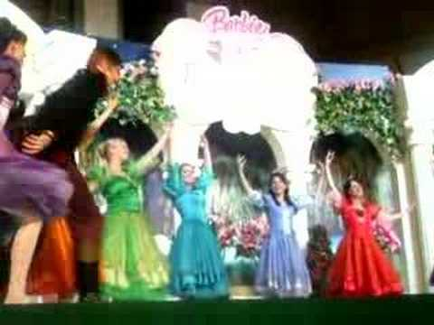 Barbie in the twelve dancing princess youtube - Barbie and the 12 princesses ...