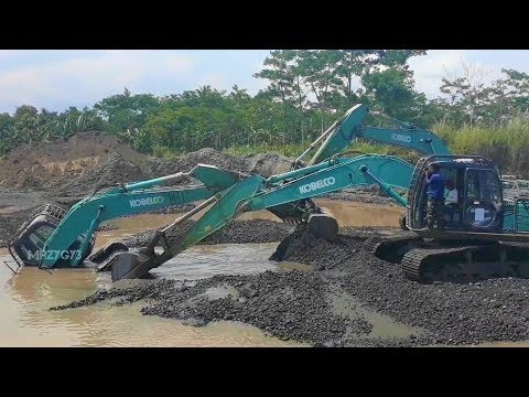 Excavator Accident Stuck And Sink Underwater Heavy Recovery Kobelco SK200
