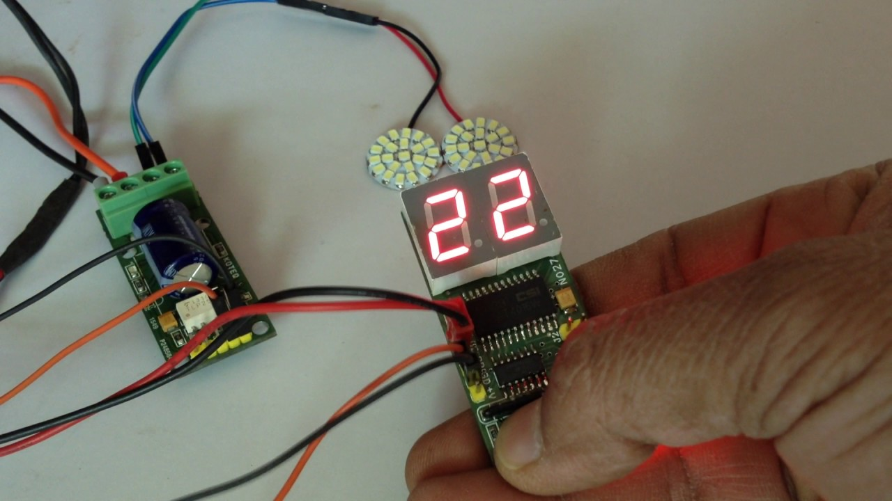Led Based Strobe Light Using Micro Controller With Frequency Display Stroboscope Circuit