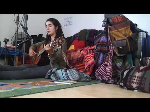 Download Youtube: Lucia - tambo li seña