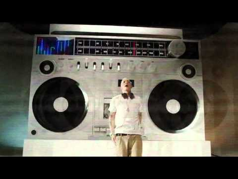 Beats x Eminem : #NewBeatsStudio Commercial [NEW 2013]