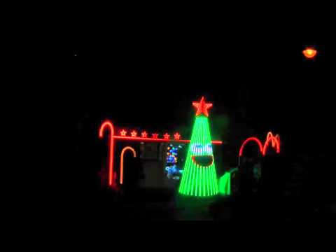 ChristmaS Lights Show Italia - What Does the Fox Say