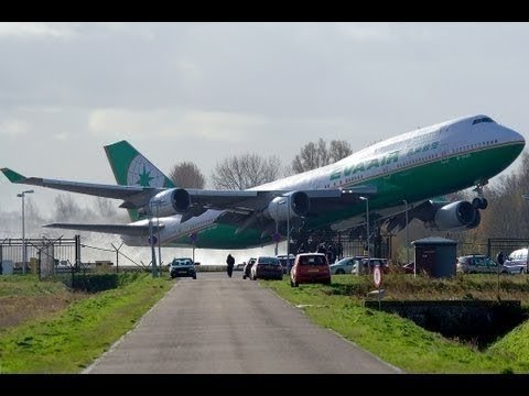 WORST PLANE CRASHES CAUGHT ON CAMERA!!