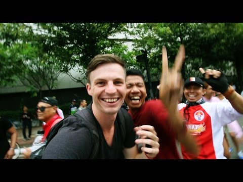 CAR FREE DAY JAKARTA (Dancing In The Streets!) - Indonesia Vlog