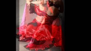 Елена шоу-группа Рахат-Лукум танец живота в Краснодаре