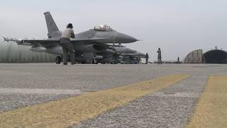 Repeat youtube video F-16 Fighting Falcons at Ben Guerir Air Base, Morocco