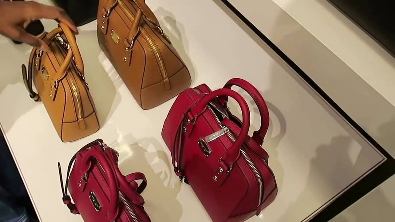 efb6a60e313a MICHAEL KORS AND COACH OUTLET, CHRISTMAS BROWSING - YouTube
