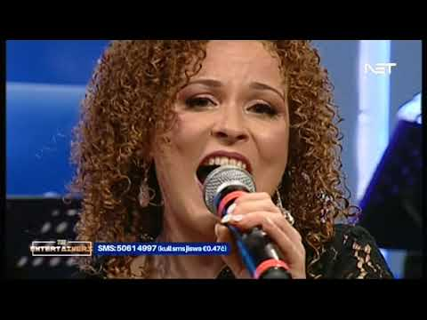 Julie Pomorski - Ħolqa on The Entertainers