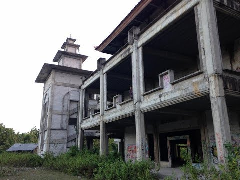Abandoned University in Bali