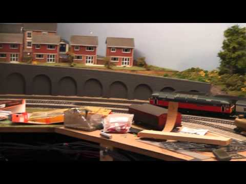 Building a Model Railway – Part 9 – Paving & Walkways