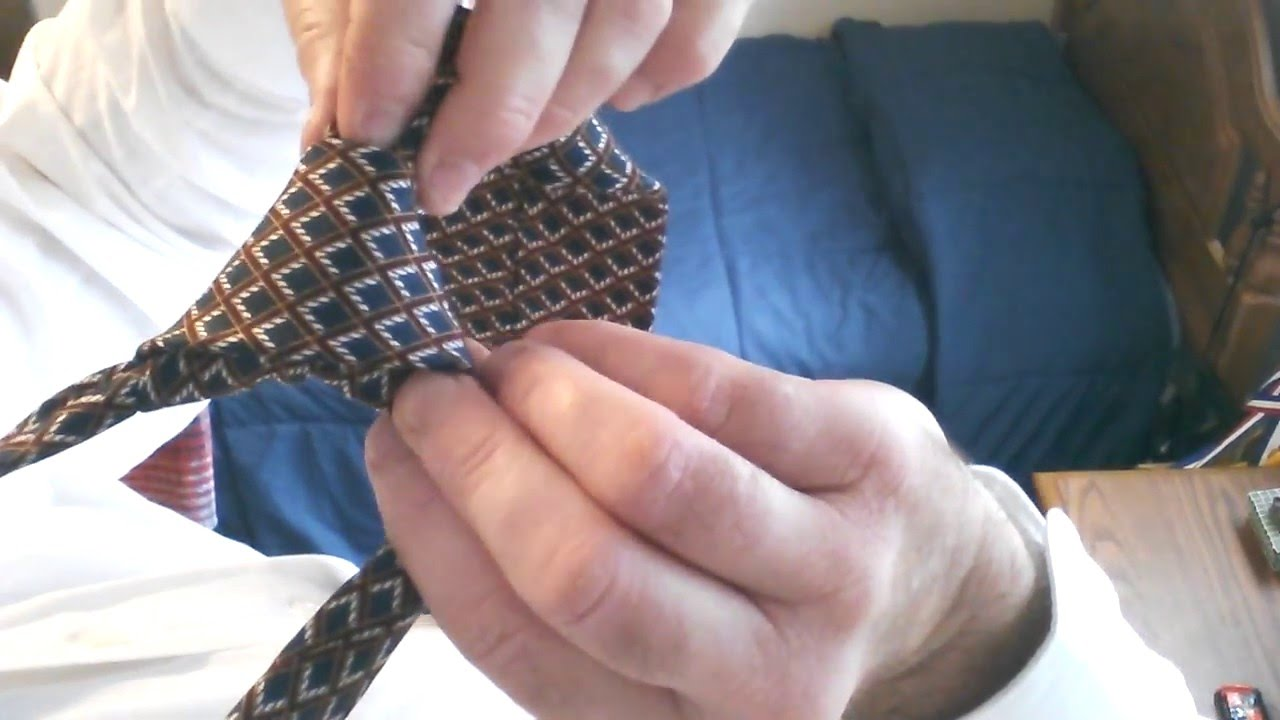 Tie A Tie Best Expert First Person Video On How To Tie A Perfect Half  Windsor