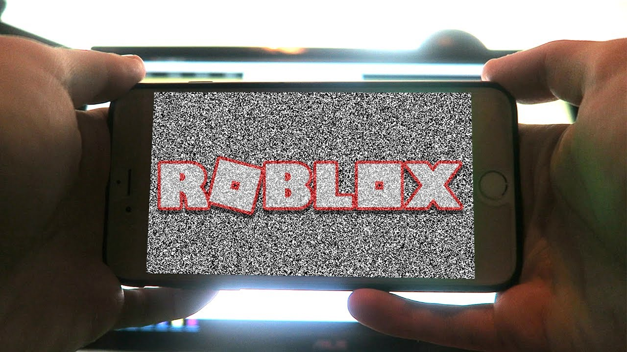 NEVER PLAY ROBLOX ON YOUR PHONE! *CREEPY*