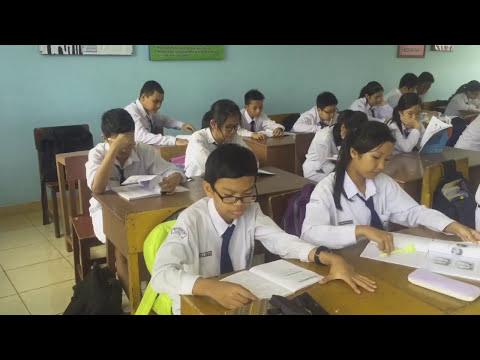 """School story episode me 5 """"dictionary"""" remake movie"""
