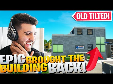 Checking Out The NEW Tilted Towers Building In Lazy Lake! (Fortnite Battle Royale)