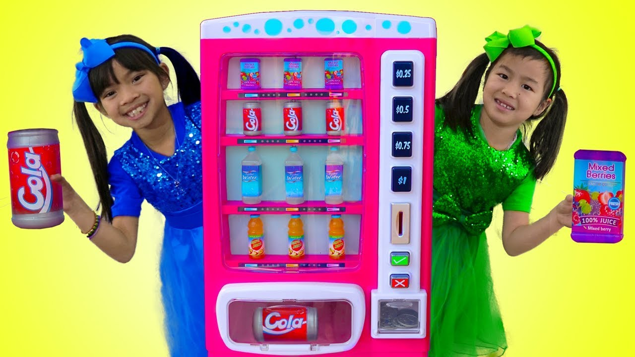 Emma & Jannie Pretend Play w Pink Vending Machine Soda Kids Toys