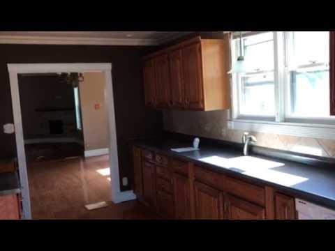 Virtual Tour of 530 E 17th St, Lockport, IL