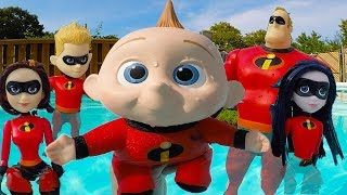 Incredibles Family Back to School Supplies for Baby Jack Jack at Toy Hotel | Episode 4