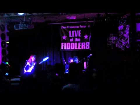 5,6,7,8`s live at Fiddler`s Elbow - Camden for Weirdsville, video 1